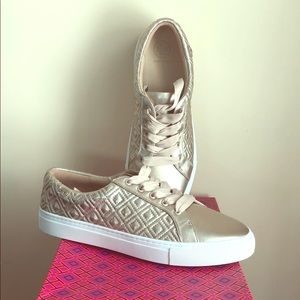 Tory Burch Marion Quilted metallic sneaker shoes